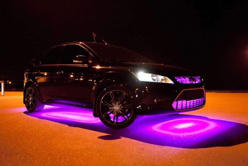 Neonovaya podsvetka na avto 1 1024x683 - Неоновая подсветка на авто