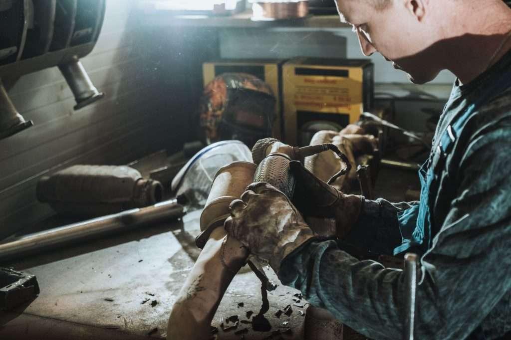 Замена и ремонт гофры