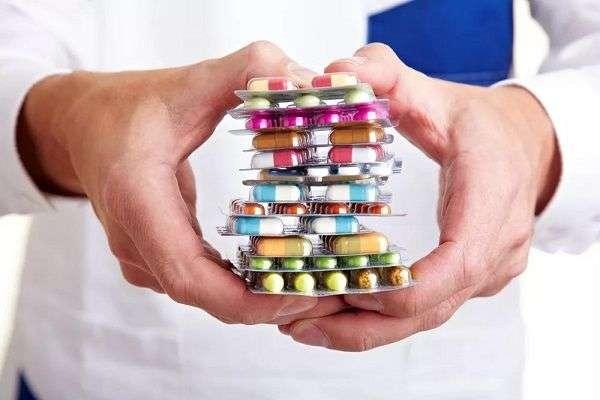 Какие лекарства запрещено принимать за рулем машины?