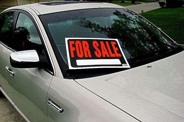 Как выгодно купить подержанный спортивный автомобиль?
