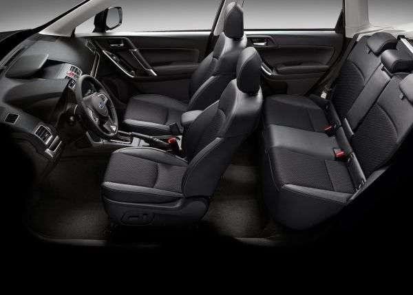 1505852000 interer subaru forester - Обзор Subaru Forester: технические характеристики кроссовера, цена и комплектации