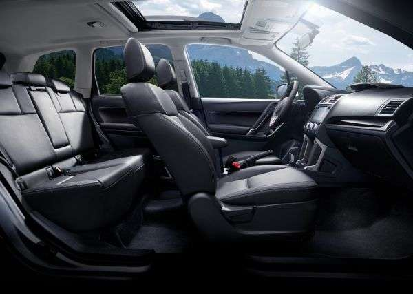 1505853457 sidenya subaru forester - Обзор Subaru Forester: технические характеристики кроссовера, цена и комплектации