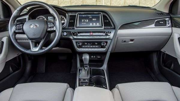 1505989636 interer novoy hyundai sonata - Hyundai Sonata 2018! Цена!