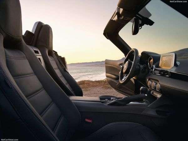 1506497375 4 - Обзор Fiat 124 Spider 2017: технические характеристики, цены
