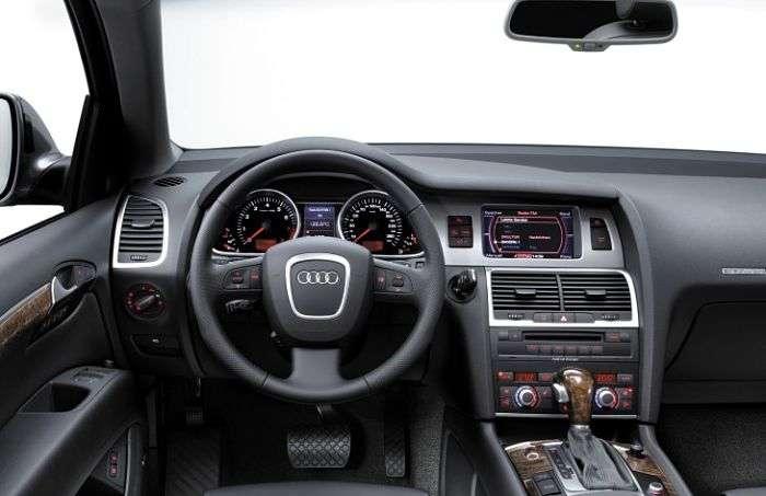Покупаем подержанный AUDI Q7 первого поколения (2005-2015 года выпуска)