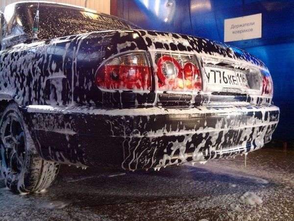 1507648618 2 - Как правильно мыть автомобиль зимой?