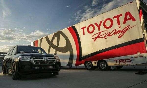 1507888937 2 - Самые дорогие автомобильные бренды в мире: ТОП-5