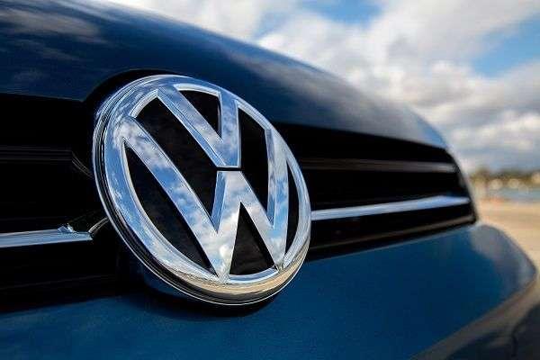 1507888985 5 - Самые дорогие автомобильные бренды в мире: ТОП-5