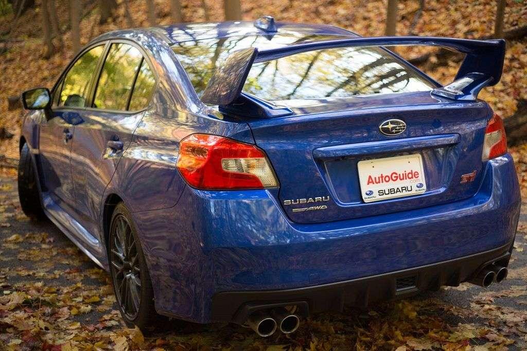 1510146792 5 - Обзор Subaru WRX STI 2017: технические характеристики и цена