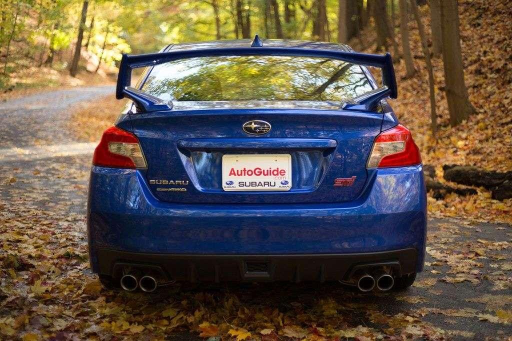 1510146824 7 - Обзор Subaru WRX STI 2017: технические характеристики и цена