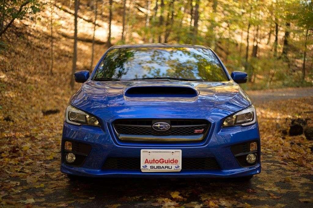 Обзор Subaru WRX STI 2017: технические характеристики и цена