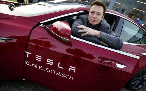 1510147810 6 - Почему автомобиль Tesla терпит убытки?