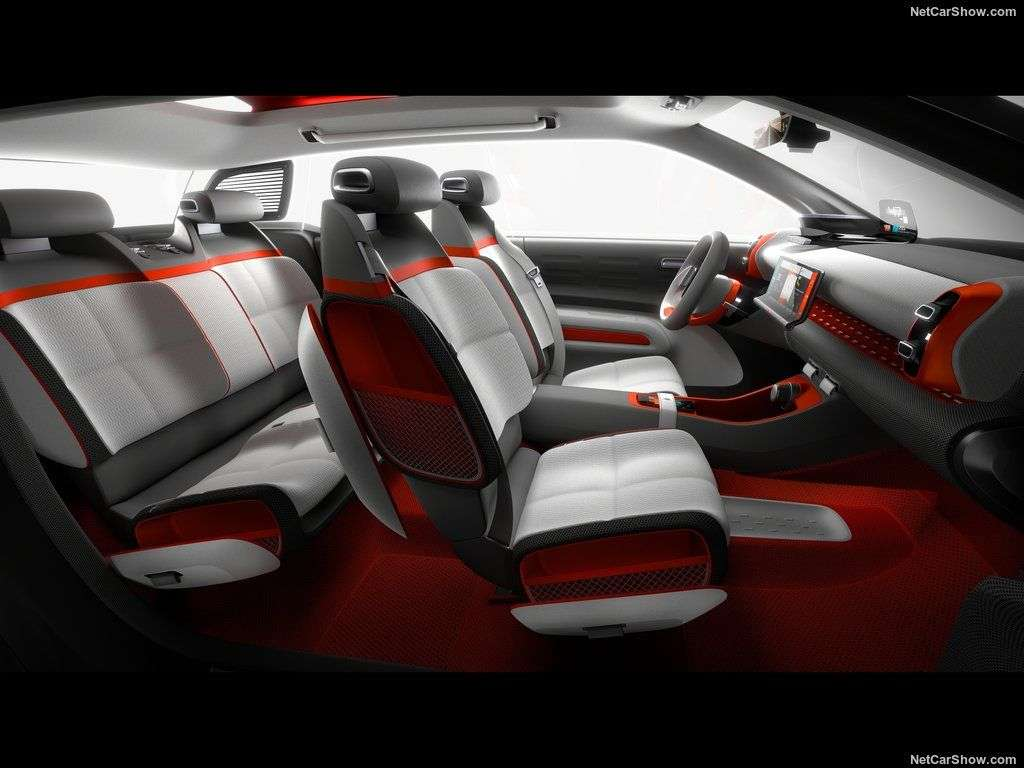 Обзор Citroen C-Aircross Concept 2017