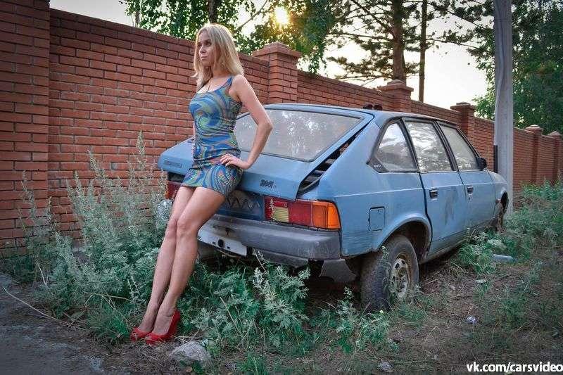 Сексуальные девушки и автомобили (часть 3)