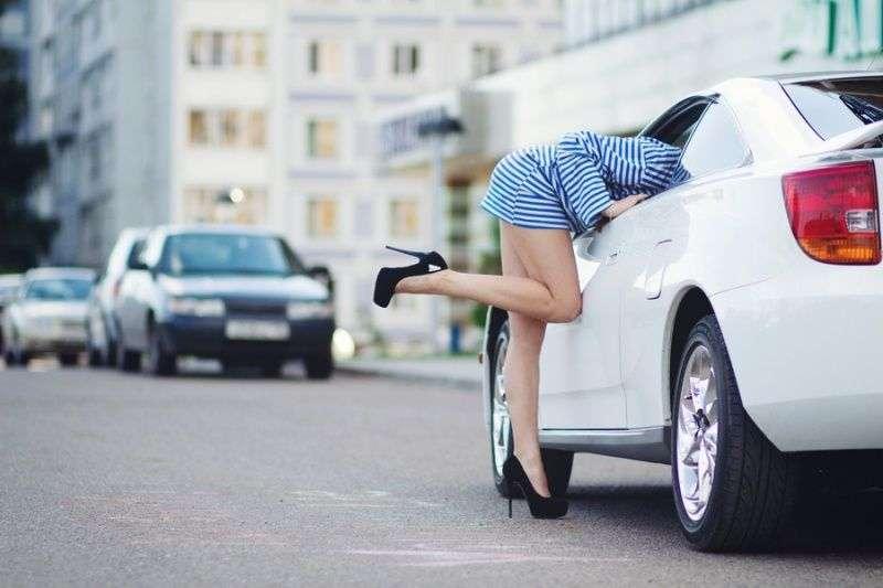 Сексуальные девушки и автомобили
