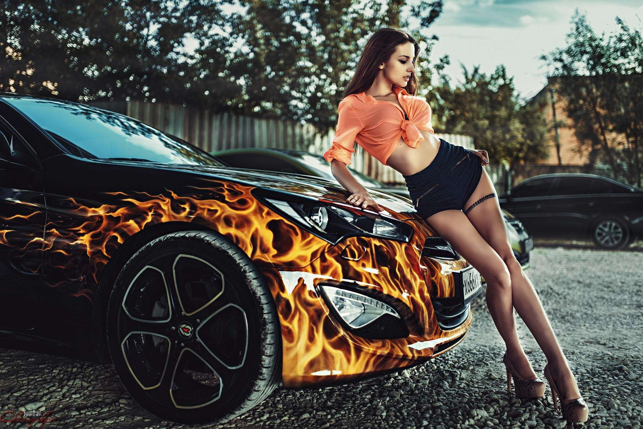 Сексуальные девушки и автомобили (часть 17)