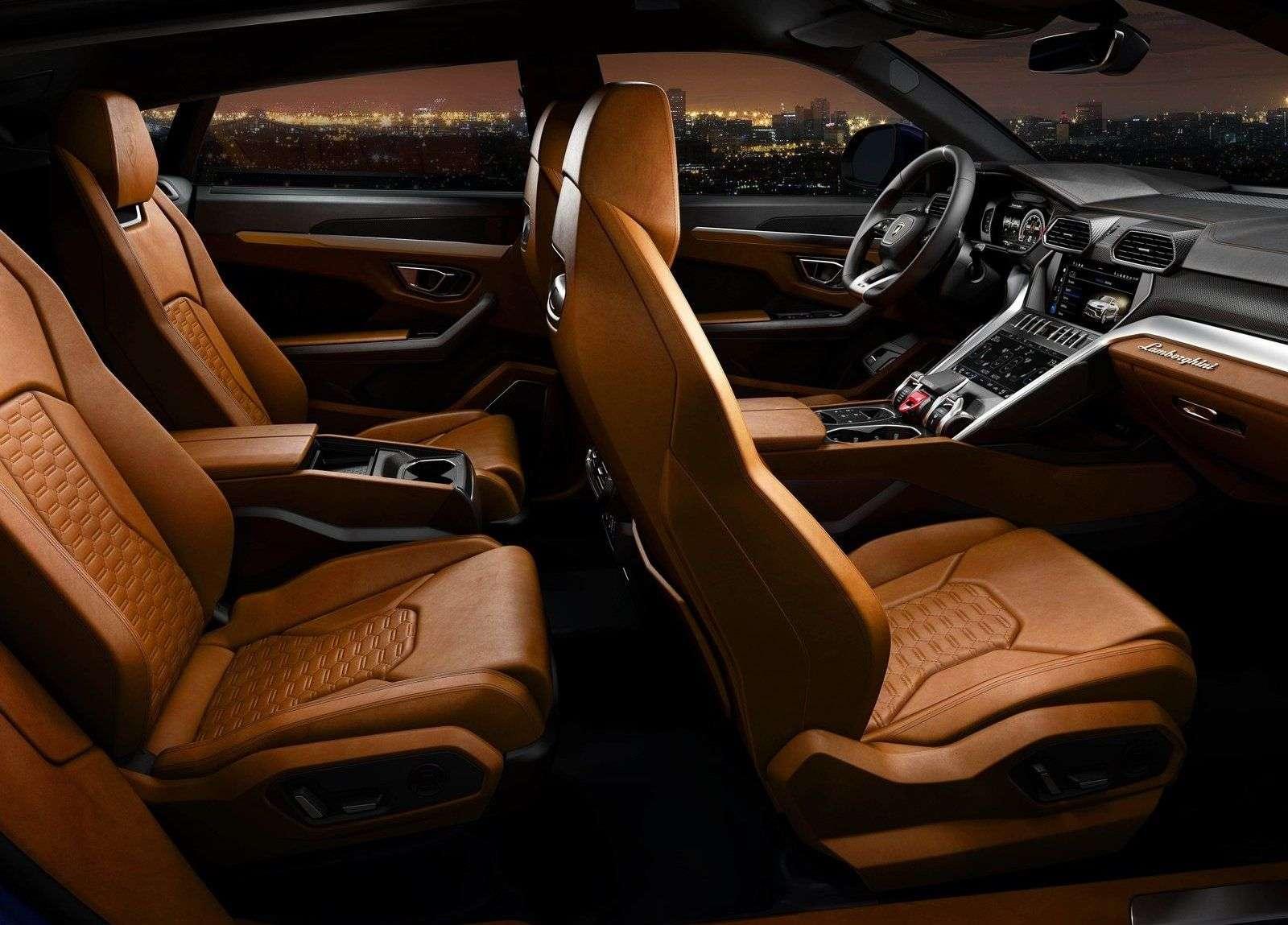 1512663143 dva ryada sideniy sportivnogo krossover lamborghini urus 2019 - Обзор кроссовера Lamborghini Urus 2019