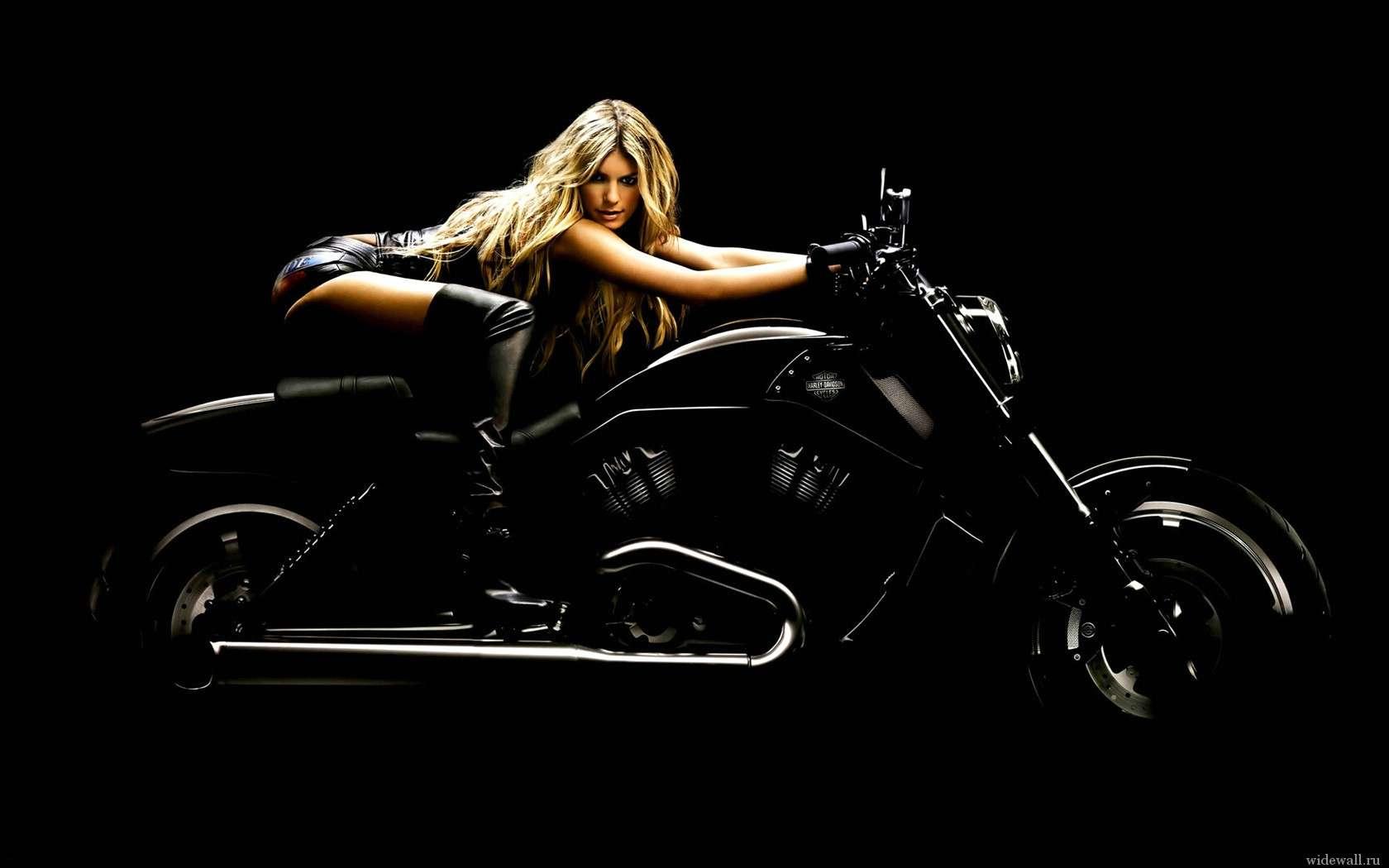 34289559f0dac8b9b16ef00f3b48e5cc - Сексуальные девушки и мотоциклы (часть 2)