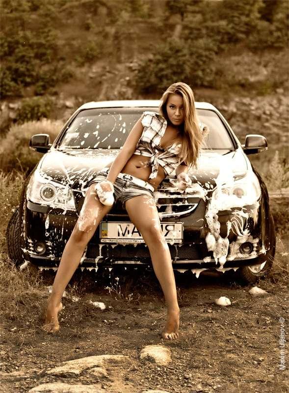 4384398 large - Сексуальные девушки и автомобили (часть 26)