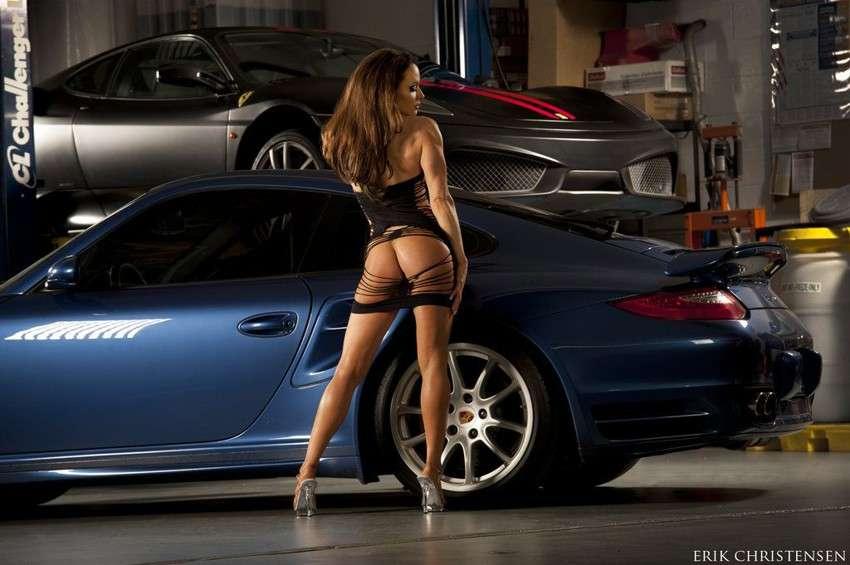 Сексуальные девушки и автомобили (часть 26)