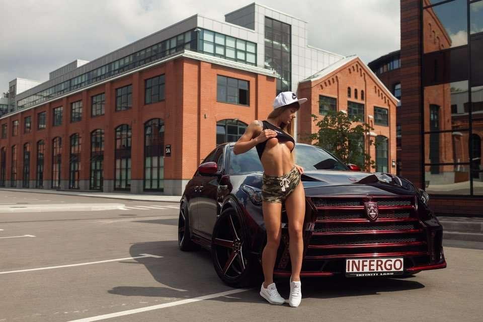 CsJYpPaWgAA9W0E - Сексуальные девушки и автомобили (часть 17)