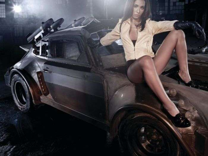 Сексуальные девушки и автомобили (часть 28)