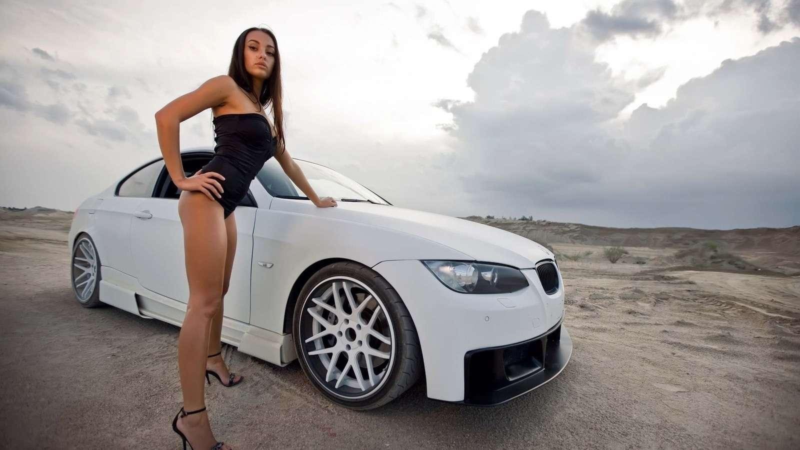 Сексуальные девушки и автомобили (часть 29)