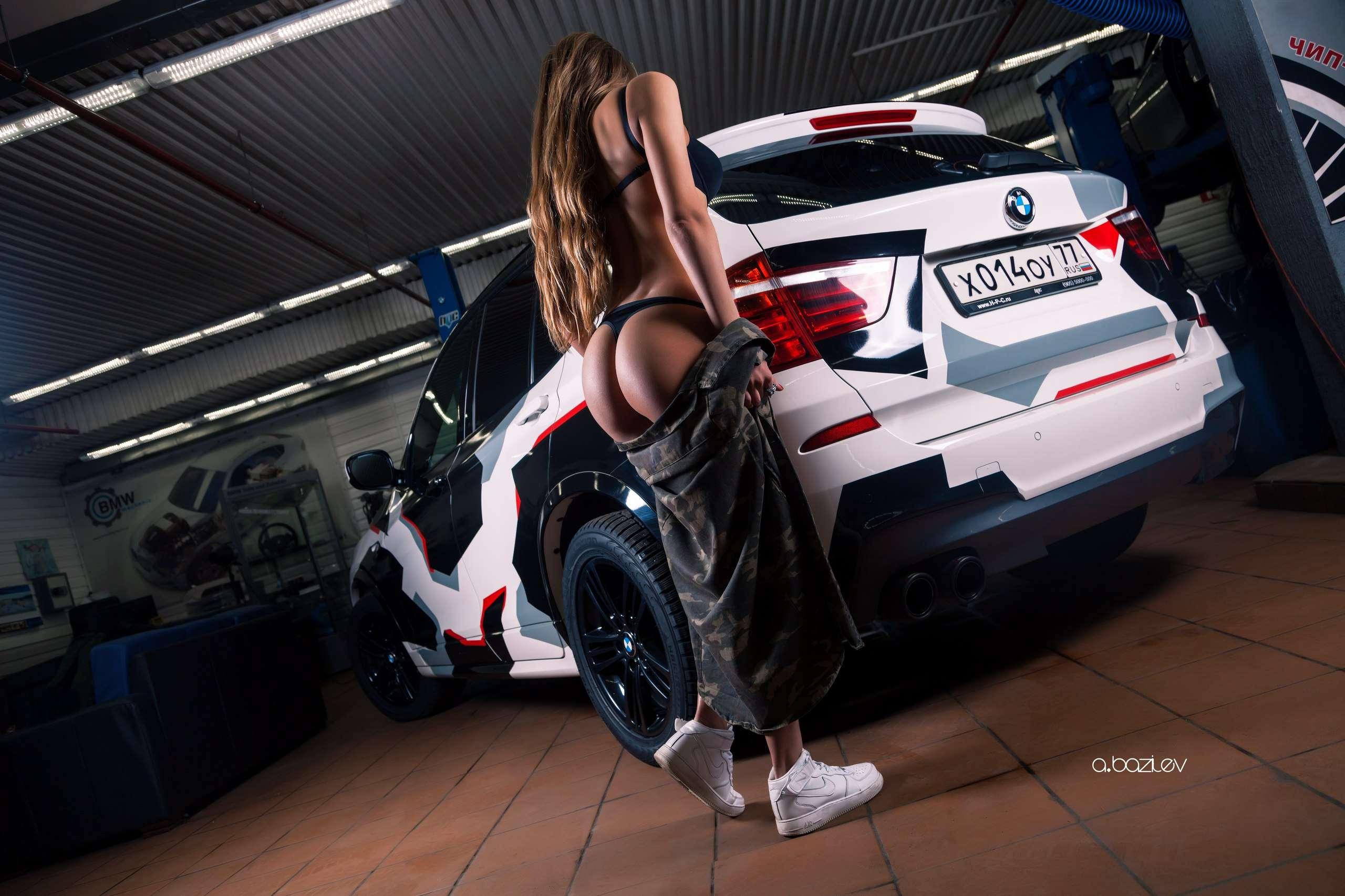 z5KiSRD8OsQ - Сексуальные девушки и автомобили (часть 10)