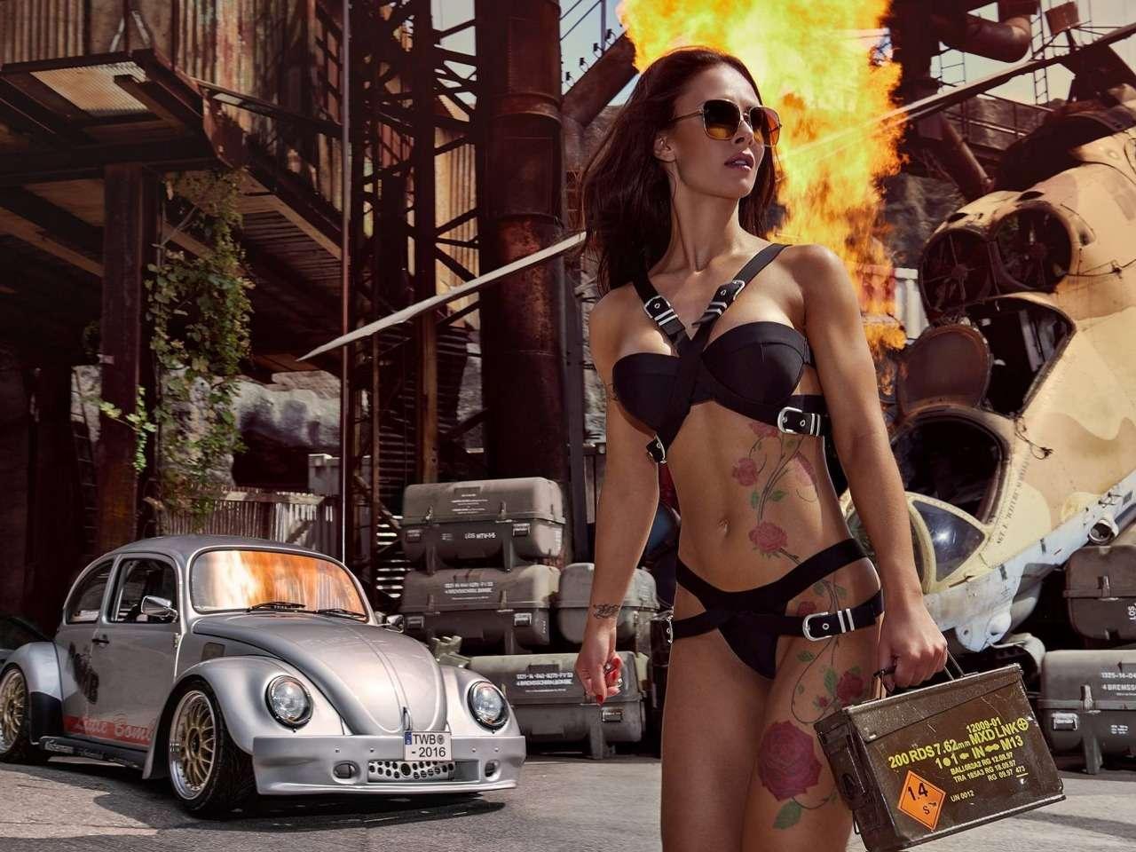 Сексуальные девушки и автомобили (часть 35)