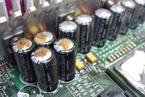 Что будет, если неправильно подключить аккумулятор?