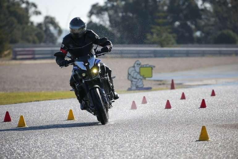 1526369252 1 4 - Советы по управлению мотоцикла в дождливую погоду