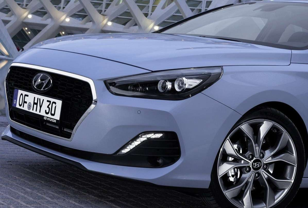 Видео-обзор Hyundai i30 Fastback 2018-2020