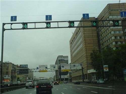 Какой штраф за проезд на красный сигнал светофора?