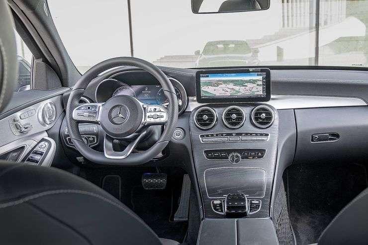 Видео-обзор Mercedes-Benz C-Class (W 205 Рестайлинг)