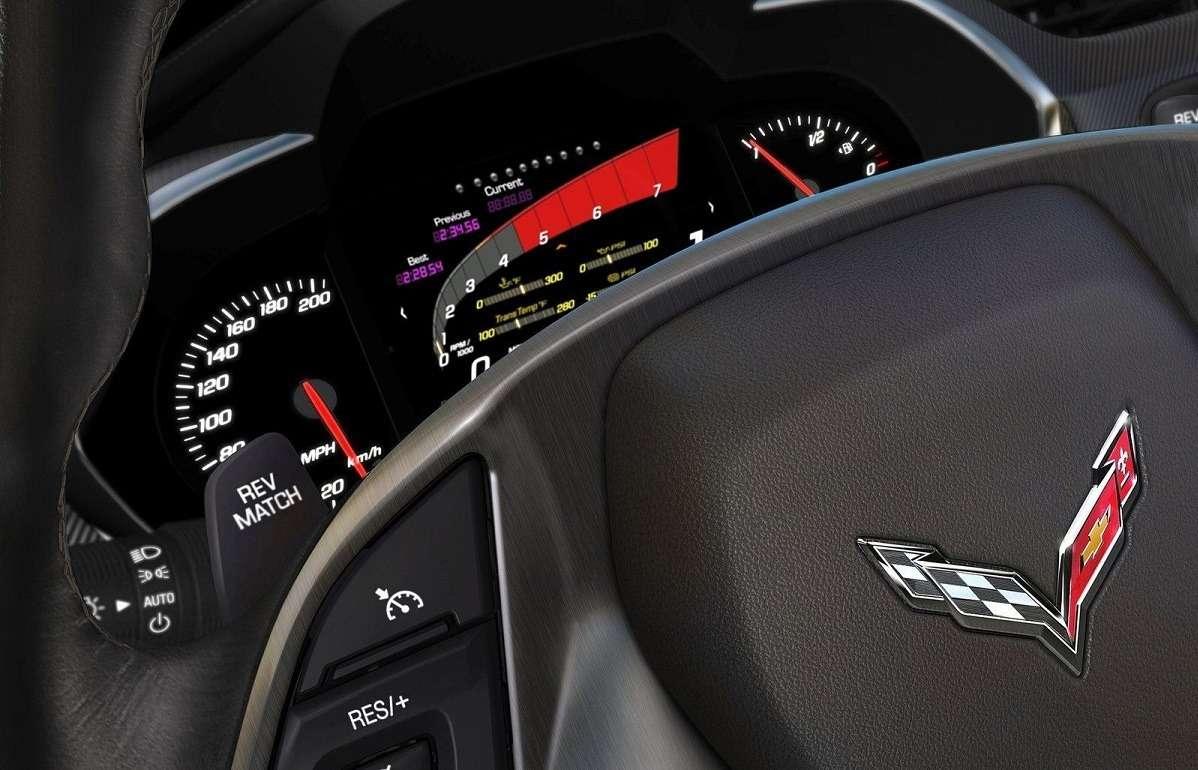 Видео-обзор Chevrolet Corvette Stingray 2014-2018