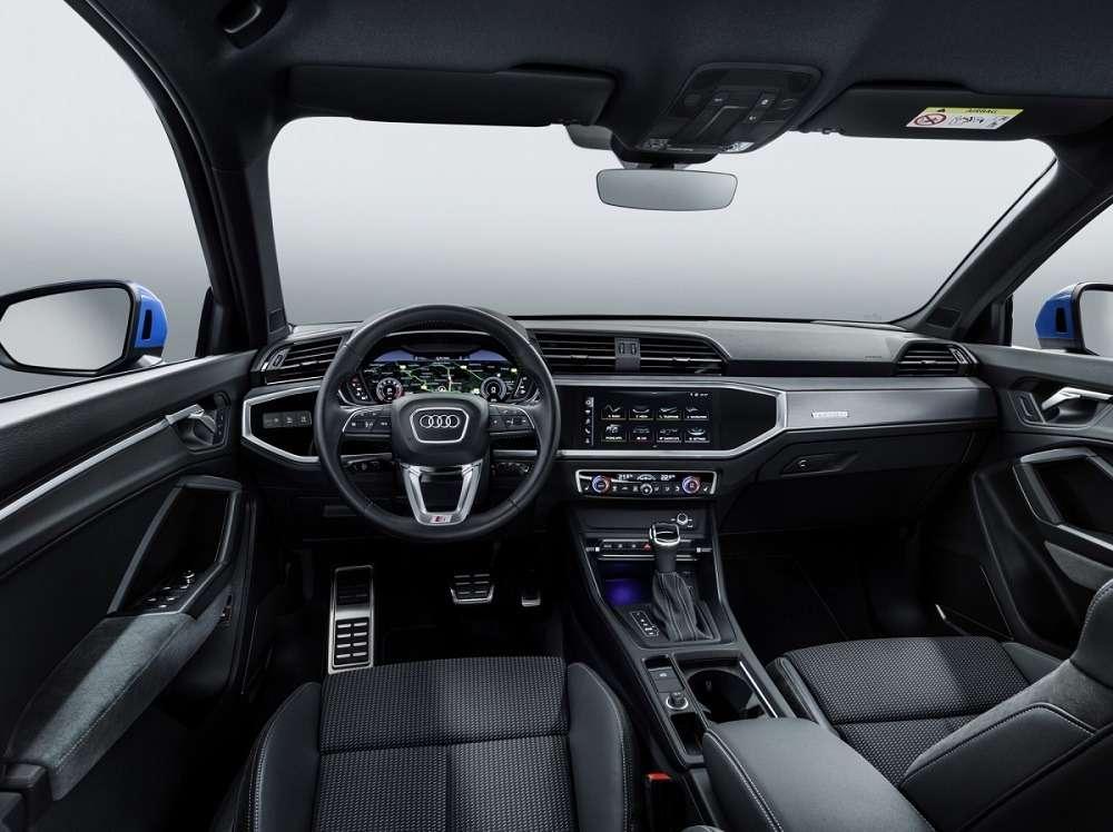 Видео-обзор Audi Q3 2018-2019: платформа MQB и внешность Q8