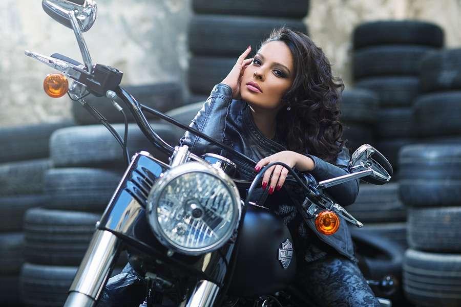 Сексуальные девушки и мотоциклы (часть 5)