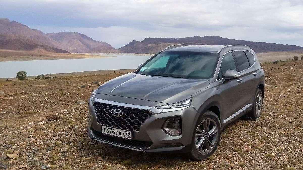Видео-обзор Hyundai Santa Fe 2018 года