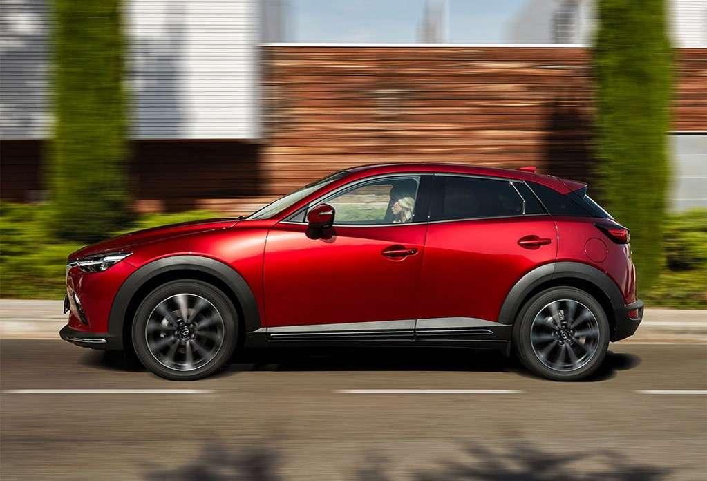 Видео-обзор Mazda CX-3 2019-2020