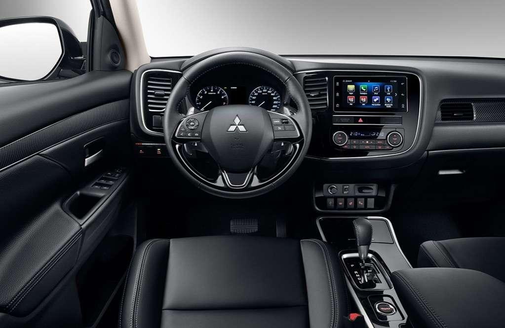 Видео-обзор Mitsubishi Outlander 2018-2019 года
