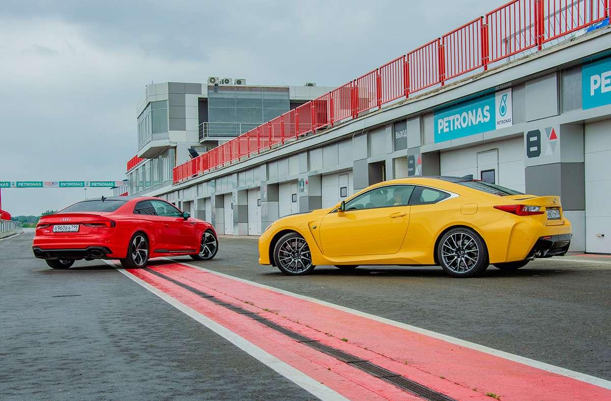 Сравнительный тест Audi RS5 против 477-сильного Lexus RC