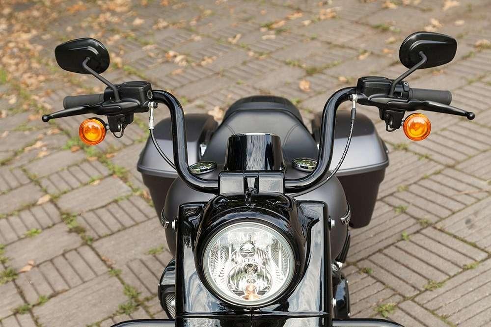 Видео-обзор Harley-Davidson Road King Special