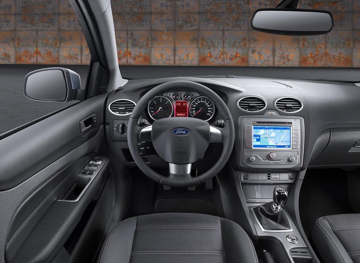 11 best ford focus 1 - ТОП-11 лучших автомобилей с пробегом в России: надёжные и беспроблемные
