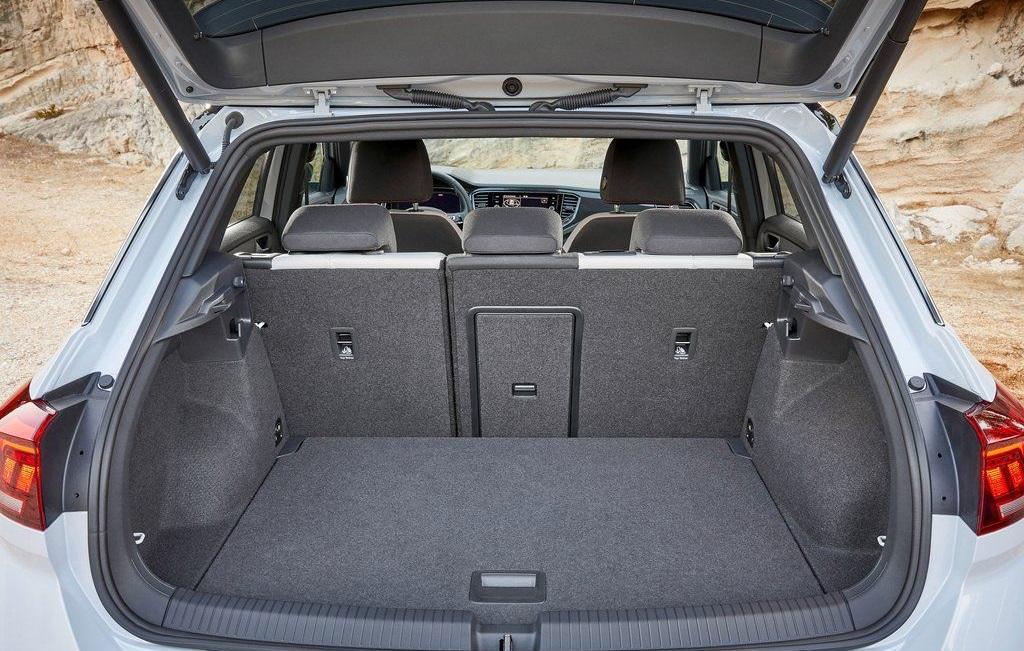 Тест-драйв Volkswagen T-Roc 2018 года: современный городской автомобиль
