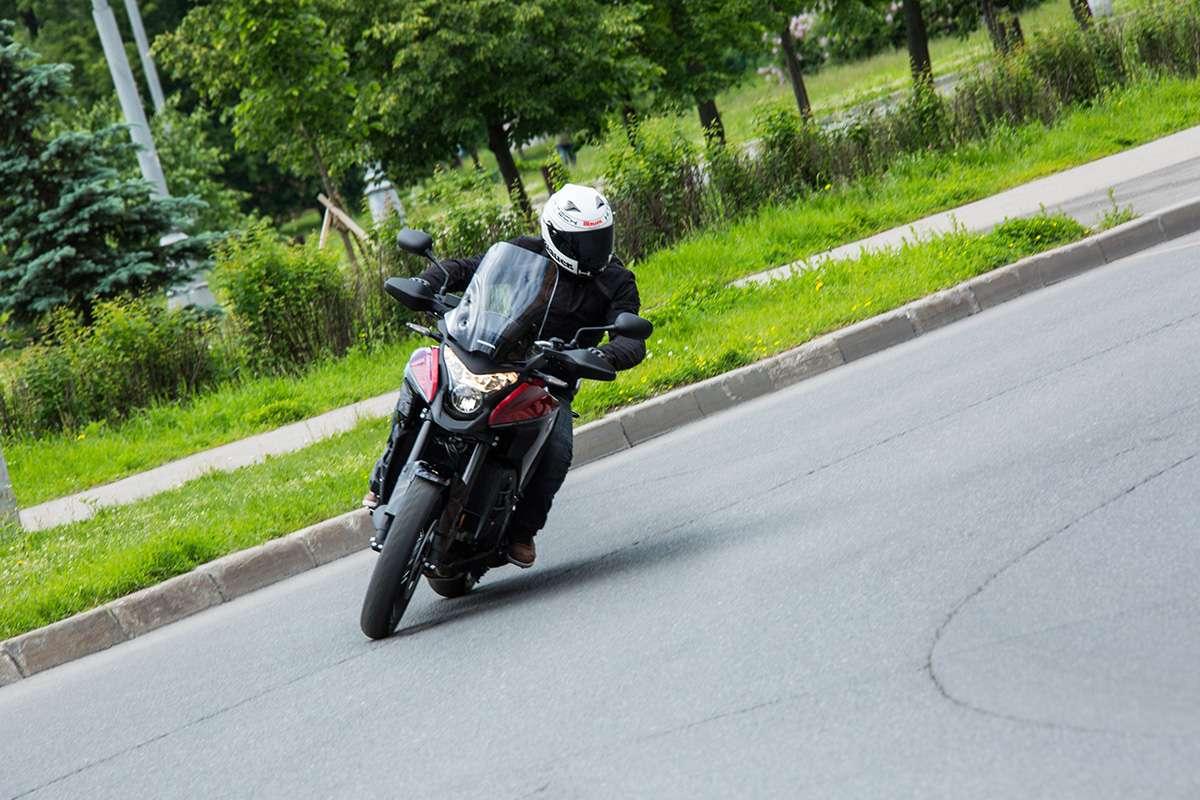 Тест-драйв Honda VFR1200X Crosstourer: характеристики и цена
