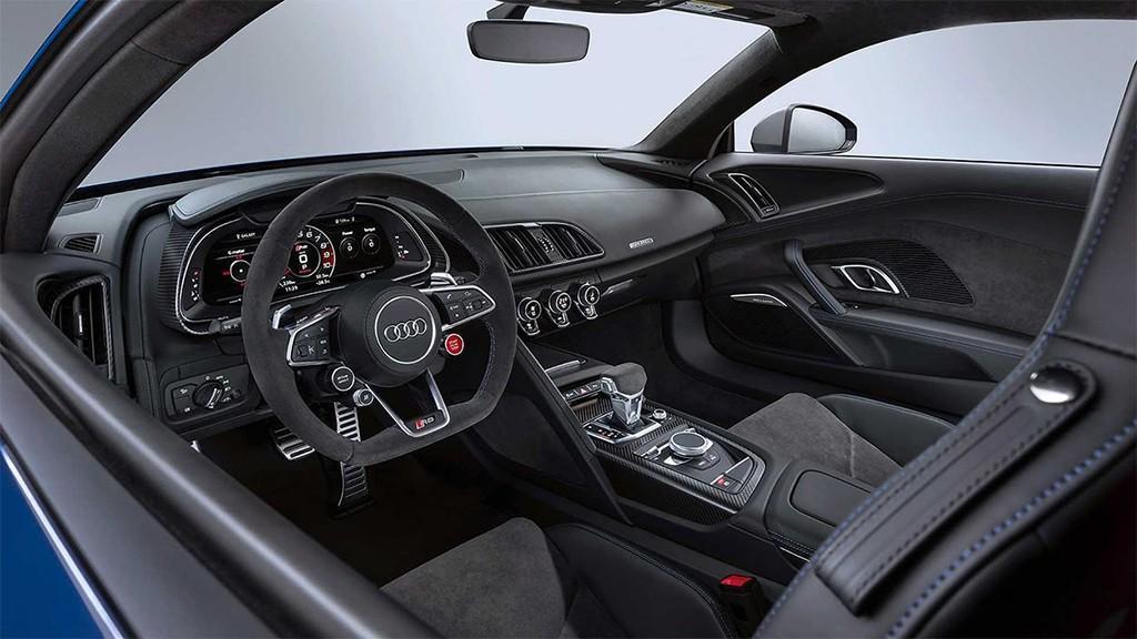 Audi R8 Coupe 2019 2020 4 fit 1024x576 - Тест-драйв Audi R8 2019 года: новый суперкар