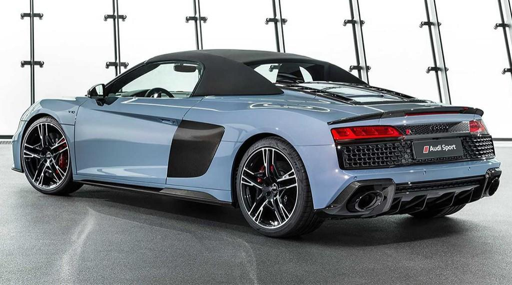 Audi R8 Coupe 2019 2020 8 fit 1024x570 - Тест-драйв Audi R8 2019 года: новый суперкар