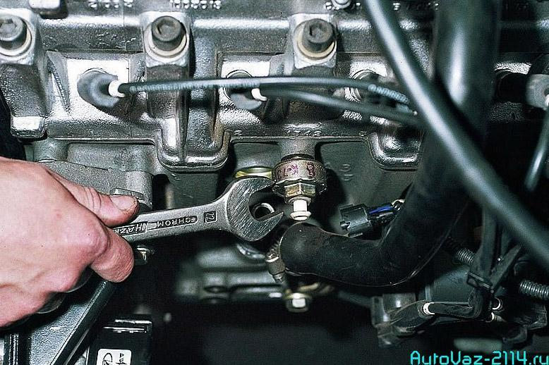 Датчик детонации автомобиля: как проверить и поменять