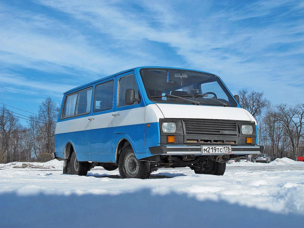ТОП-9 автобусов СССР: на чем мы ездили