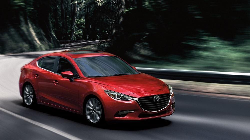 Mazda 3 - ТОП-7 самых надежных японских седанов